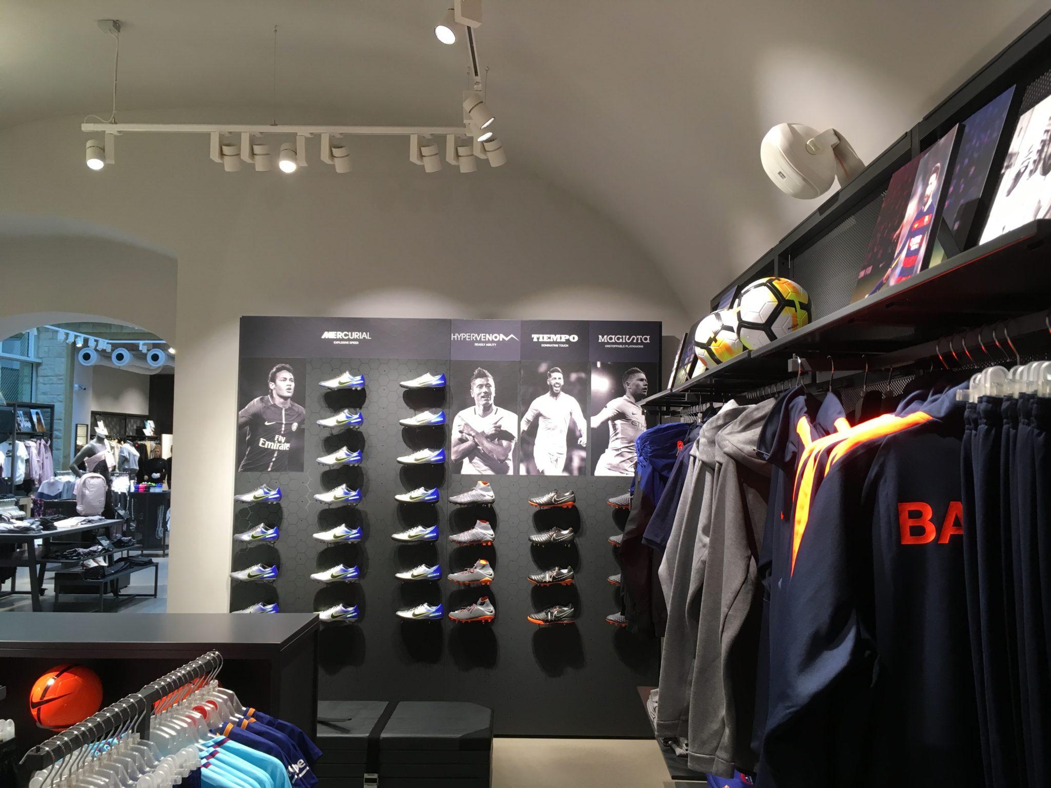 Clasificación comprender Sótano  Nike Prague - formastudio.eu